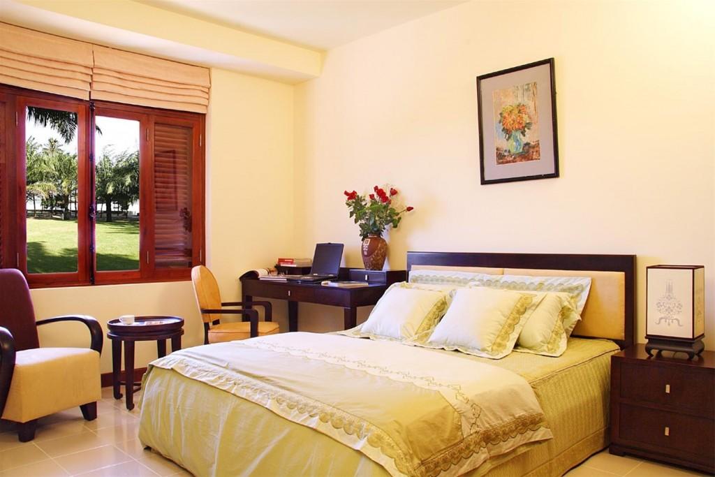 Phòng ngủ màu vàng lông gà con