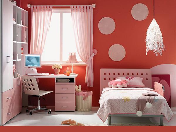 Phòng ngủ màu đỏ và màu trắng 3